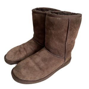 UGG Classic Brown Short Shearling Ankle Boots